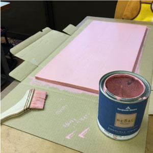 看板の作り方・ペンキを塗る